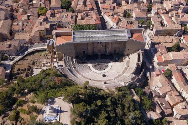 Prise de vue aérienne drone Avignon Nîmes- Ornycam Production