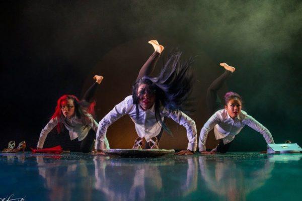 Captation danse Feng Shui, à 3 caméras avec itw du metteur en scène Mohamed Rouabah effectuée par OrnyCam, production audiovisuelle sur Avignon et Nîmes