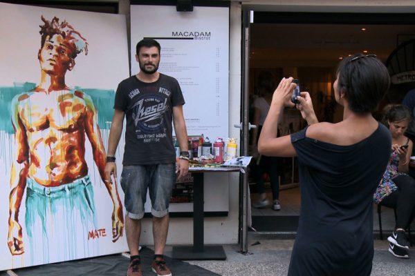 Performance de l'artiste Basquiat par Mate, film réalisé par OrnyCam Production